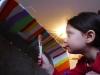Zoja a Beny maľujú fúrik